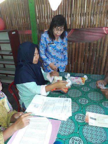 Penyaluran Bantuan BPMT Kelurahan Pandean